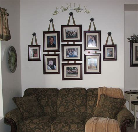 Decorating Living Room Walls With Family Photos