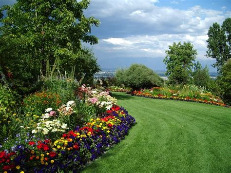 Garden Picture Hd by Gardens Hd Wallpapers