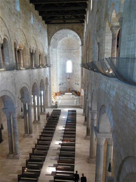 Cattedrale Di Trani Interno - cattedrale di trani rosone visto dall interno foto di