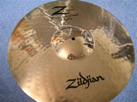 "Argus Zildjian Z Custom Projection Crash 19"" Audiofanzine"