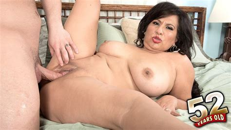 Plus Milfs Movies Of Xxx Milfs Mature Women And Grannies Fucking Page