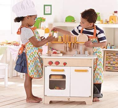 hape gourmet kitchen green whimsical retro geeky kitchen utensils accessories 4147