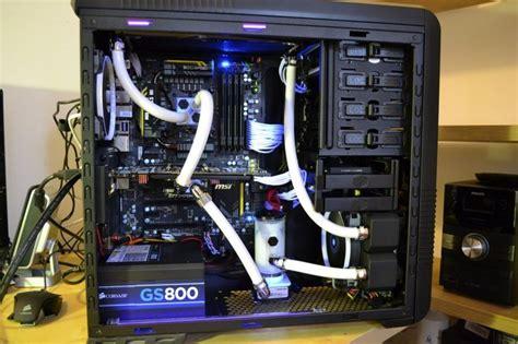 configuration pc bureau 1000 idées sur le thème configuration ordinateur sur