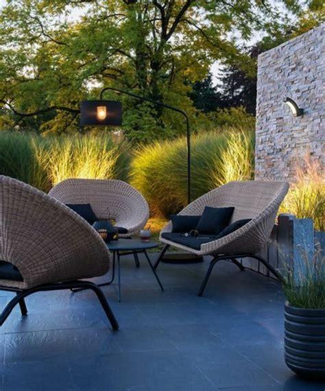 table et chaise de jardin en resine le salon de jardin en résine tressée en 52 photos