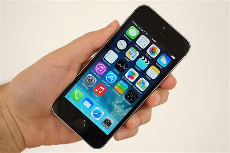 how many megapixels is the iphone 5s review how does apple s new iphone 5s perform as a
