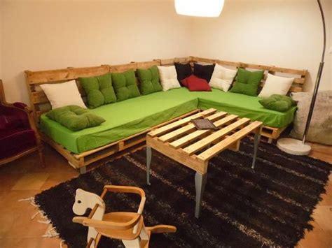 canapé style montagne 30 idées incroyables pour fabriquer un canapé en palette