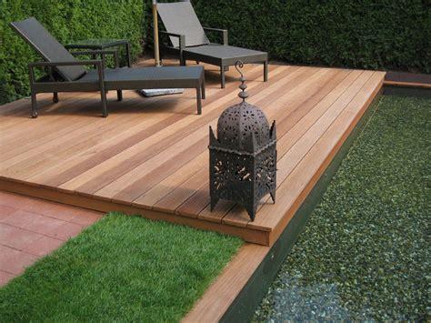 Sitzplatz Im Garten Aus Holz Actofinfo