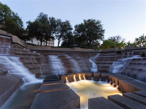 water gardens fort worth see what makes the fort worth water gardens in so