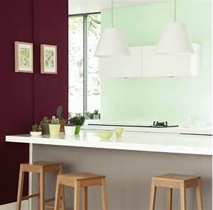 Vert D Eau Couleur : association couleur avec le vert dans salon chambre cuisine ~ Mglfilm.com Idées de Décoration