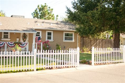 Front Yard Fence Ideas Style Choicecapricornradio Homes