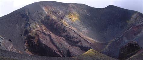grundbegriffe vulkanismus vulkan magma lava
