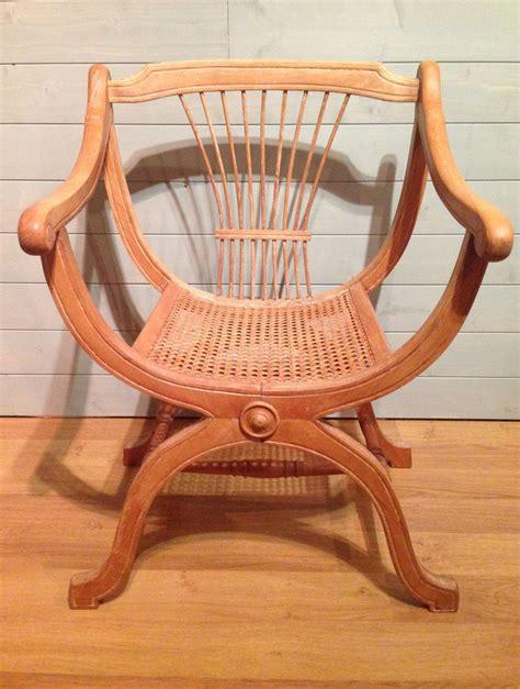 fauteuil curule dagobert majdeltier boutique en ligne