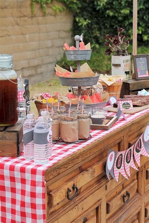 15+ Rustic BBQ Wedding Reception Ideas For Backyard