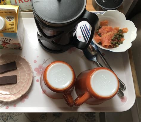 Can i have cream in coffee when intermittent fasting? My romantic Keto breakfast tray: smoked salmon, coffee, heavy cream & a tiny piece of dark ...