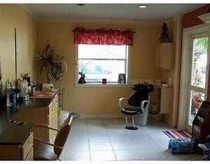 Garage Salon : trend alert the home salon the lovely guide ~ Gottalentnigeria.com Avis de Voitures