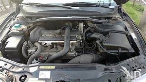 Volvo S80 2 4t Engine Bay