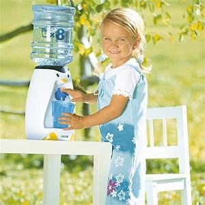 Distributeur D Eau Pour Plante : distributeur d 39 eau pingouin pour enfant maison fut e ~ Dode.kayakingforconservation.com Idées de Décoration