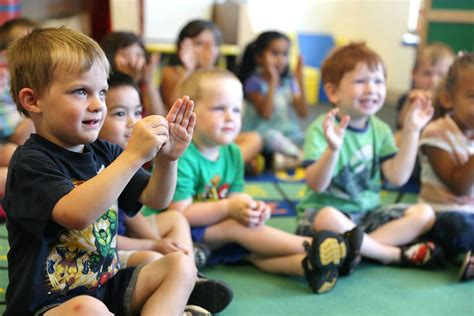 sign language for preschoolers sign language and its importance as you teach kaymbu 454