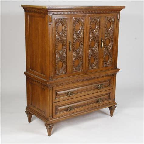Oak Bedroom Armoire by Romweber Viking Oak Armoire Cabinet Dresser Bedroom Suite
