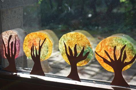 Herbstdeko Fenster Mit Kindern basteln mit kindern im herbst an unserem fenster reges