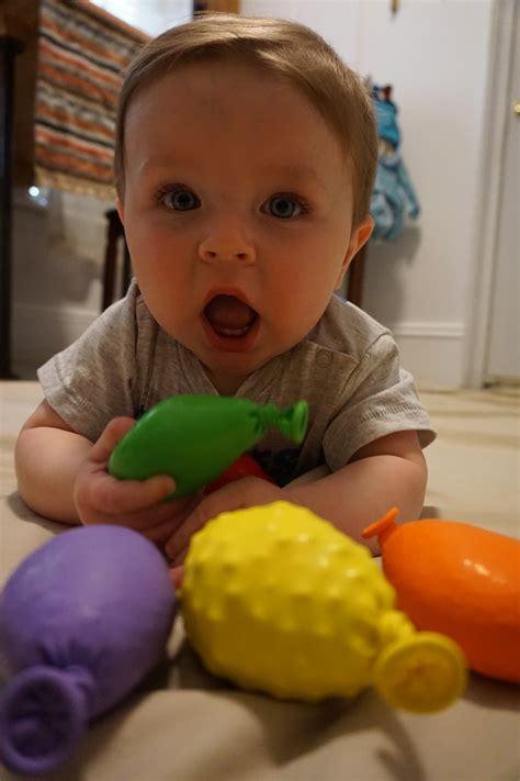 developmental activities   month  babies sensory