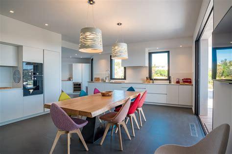 location salle avec cuisine punta d 39 oro a louer villa neuve contemporaine avec vue mer