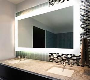 Idees d39 eclairage de miroir pour la salle de bain for Porte d entrée alu avec eclairage salle de bain au dessus miroir