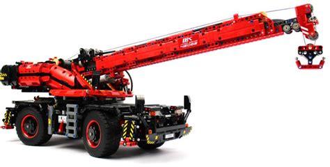 Gru Mobile by Lego Technic 42082 Grande Gru Mobile