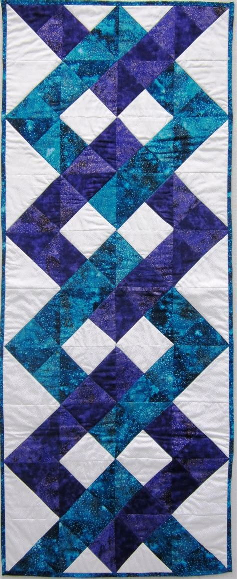 quilted table runner patterns 17 diy quilted table runner ideas for all year