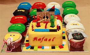 Ninjago™ Birthday Cake and Cupcake Gloria Cake