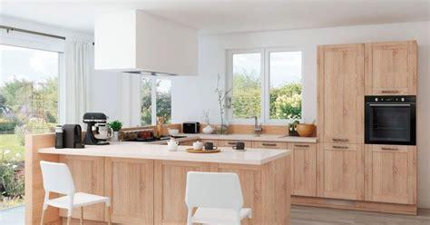 plans de cuisines ouvertes une cuisine semi ouverte avec bar