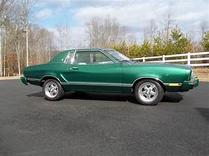 1977 FORD MUSTANG II GHIA 2 DOOR COUPE - 151935