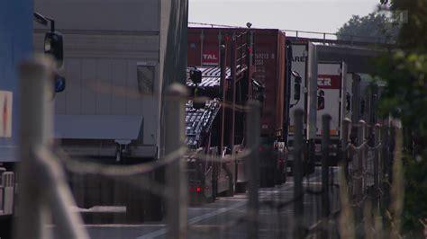 Lastwagen Schuttcontainer Loesung Viral umwelt und verkehr widerstand gegen saubere lastwagen