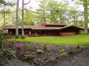 Simple Frank Lloyd Wright Prairie Style House Plans Placement by Frank Lloyd Wright S Great Usonian Vision Berkshire