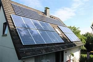 Lohnt Sich Photovoltaik Für Einfamilienhaus : sparen mit solarenergie ~ Frokenaadalensverden.com Haus und Dekorationen