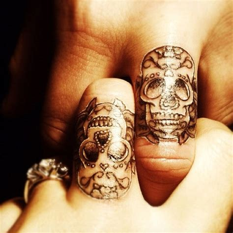 finger tattoos  couples