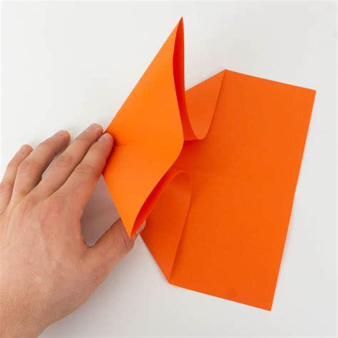 wie bastelt einen papierflieger papierflieger anleitung 20 38 einfach basteln