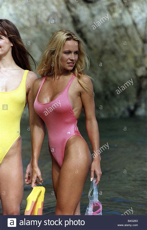 pamela david swimsuit pamela anderson schauspielerin in baywatch stockfoto bild
