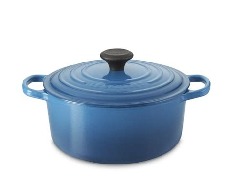 le creuset pot in oven 17 best images about kitchen stuff i just plain on mixing bowls flatware and