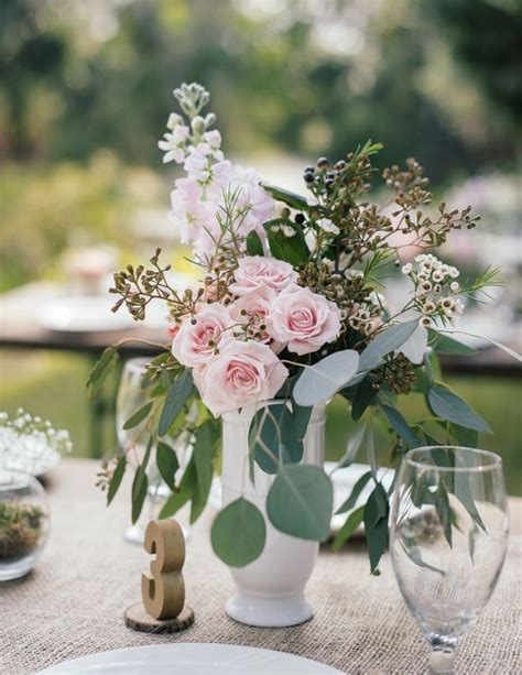 shabby chic outdoor wedding 1587 best shabby chic images on pinterest floral arrangements flower arrangement and table