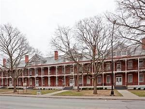 IHG Army Hotels Otis Hall & Custer House on Fort Leavenworth