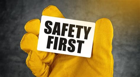 tool safety tips    prevent injuries  insure