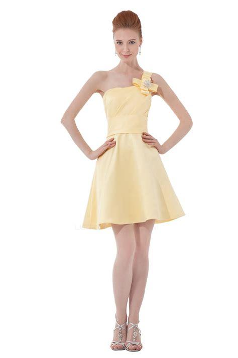 shoulder shortmini yellow bridesmaid dresses