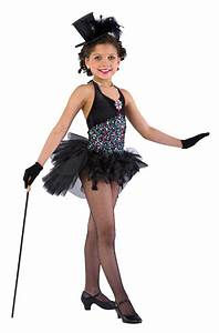 173 best images about Circus on Pinterest   Circus clown Circus party favors and Kid costumes