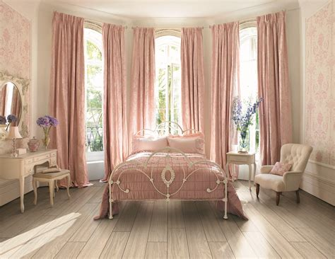 Comforter Sets With Matching Curtains by 6 Laura Ashley Bedding Ideas In Photos