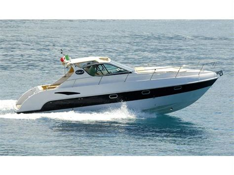 motoscafo cabinato barca mistral delta inautia it inautia