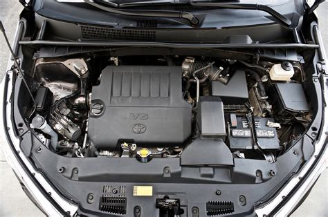 toyota car engine 2014 toyota highlander reviews and rating motor trend