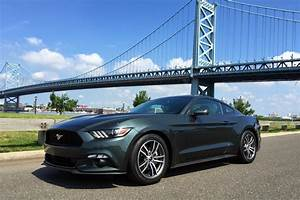 Review: 2015 Ford Mustang 2.3L EcoBoost