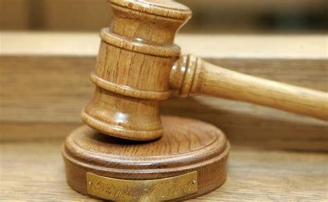 Saeima apstiprina amatā deviņus Ekonomisko lietu tiesas ...