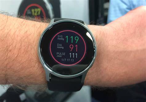 CES 2018: Omron opracował zegarek, który ratuje życie | CHIP